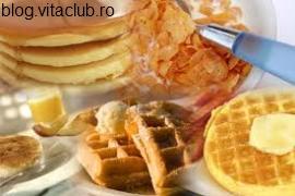 mic dejun evita grasimile mancare sanatoasa cereale integrale
