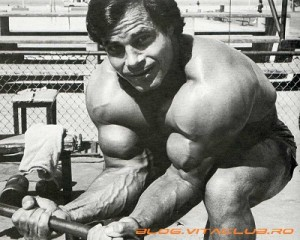 franco columbu-biceps