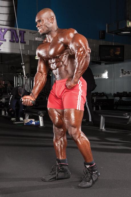 extensii pentru triceps cu priza in supinatie