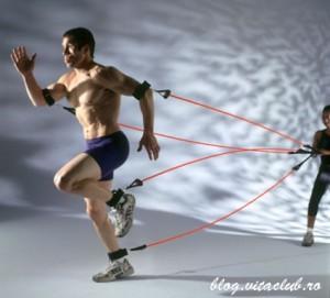 exercitiile de rezistenta scad,tensiunea, grasimea abdominala si pe cea epicardica