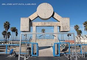 muscle beach gym california gold's gym